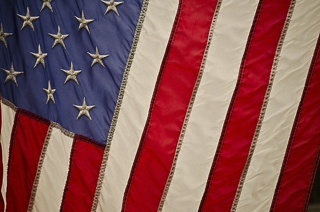A full history of the American Flag and USA